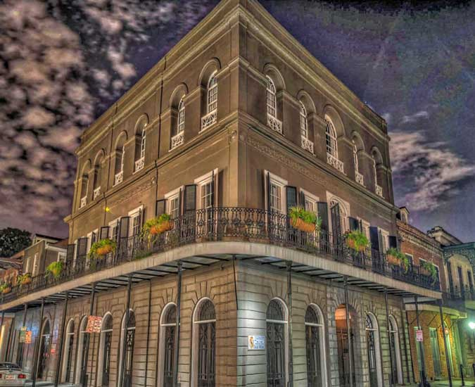 Lalaurie-Mansion-1