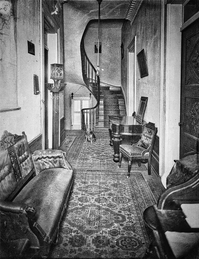 Lalaurie-Mansion-3-interior