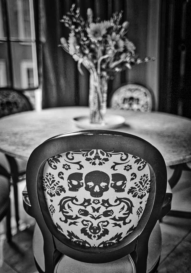 Kitchen-chairs-at-the-Lalaurie-House
